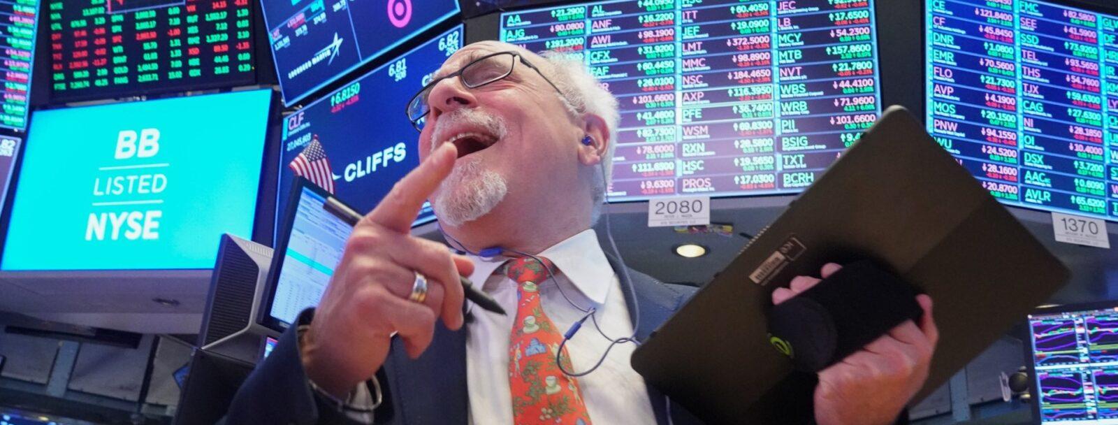 О динамике саморазрушения мировой финансовой системы